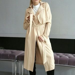 CHIC and TIMELESS TRENCH COAT